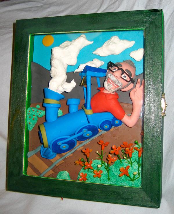 Retrato en plastilina CASIMIRO CONDUCIENDO EL TREN 2