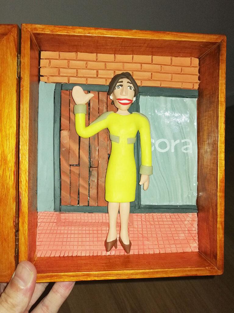 Retrato en plastilina VERO LLEGANDO a CORA 4