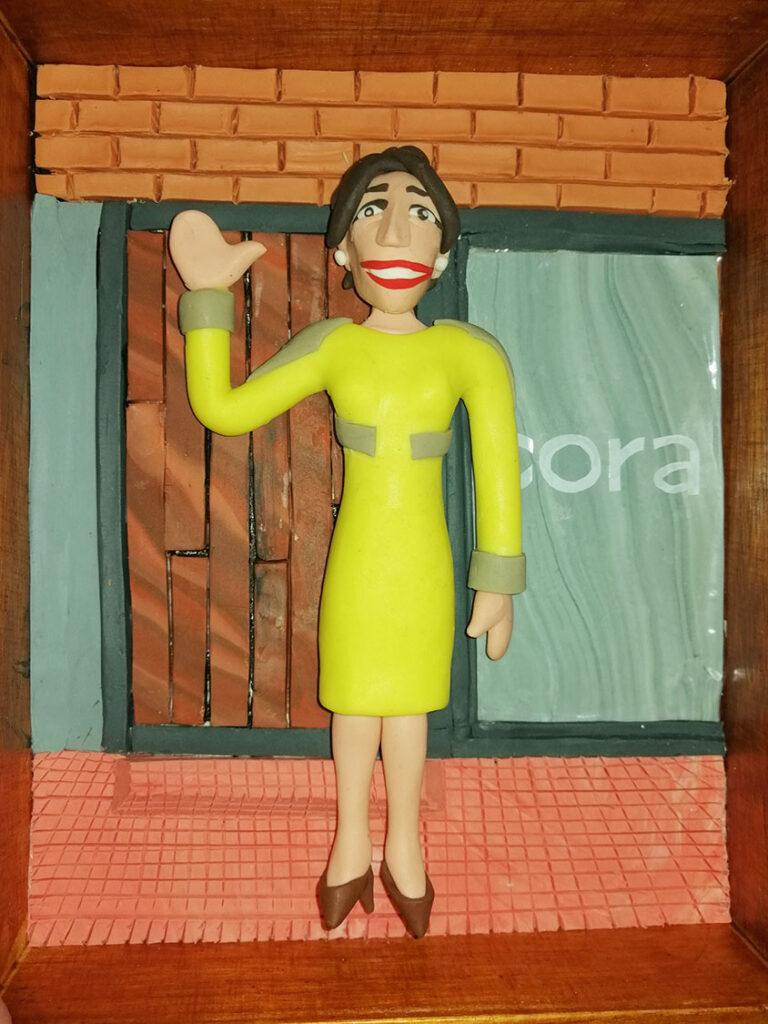 Retrato en plastilina VERO LLEGANDO a CORA 5
